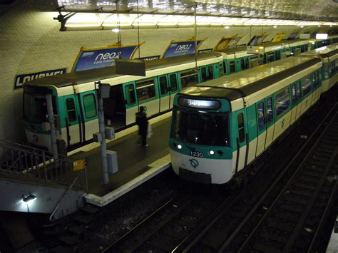 file metro paris ligne 8 lourmel mf 77 jpg
