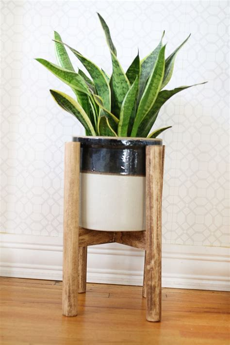 How To Make A Plant Holder - 17 best ideas about indoor plant stands on