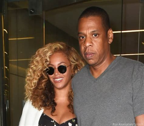 beyonce jay z are not heading for divorce in fact they are beyonce and jay z getting divorced accused of staging