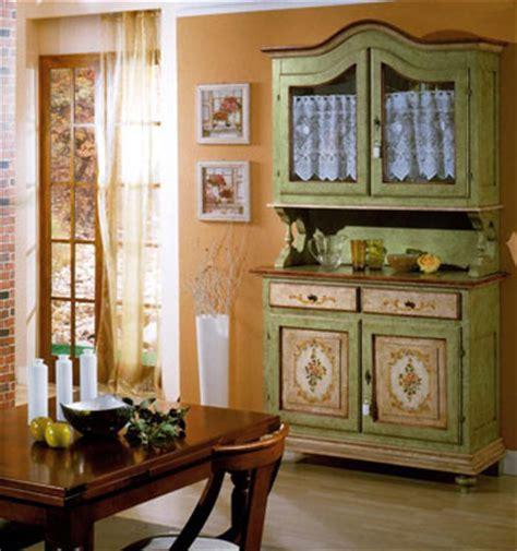 credenze rustiche il sapore classico della credenza nel nostro soggiorno e
