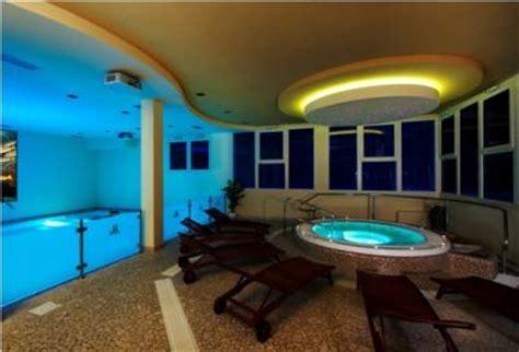 hotel con piscina interna sicilia lastminute weekend in hotel piscina interna riscaldata e