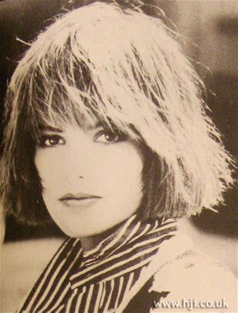 straight cut just under chin length hair 1986 layered bob hairstyle brunette hair was cut into a