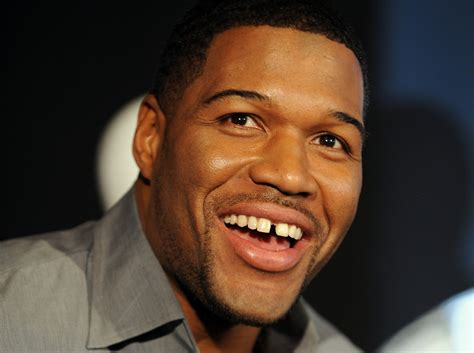 michael strahan new haircut michael strahan 2018 haircut beard eyes weight
