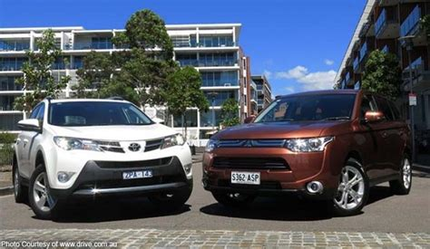 mitsubishi toyota toyota mitsubishi move to join cars bilyonaryo bilyonaryo