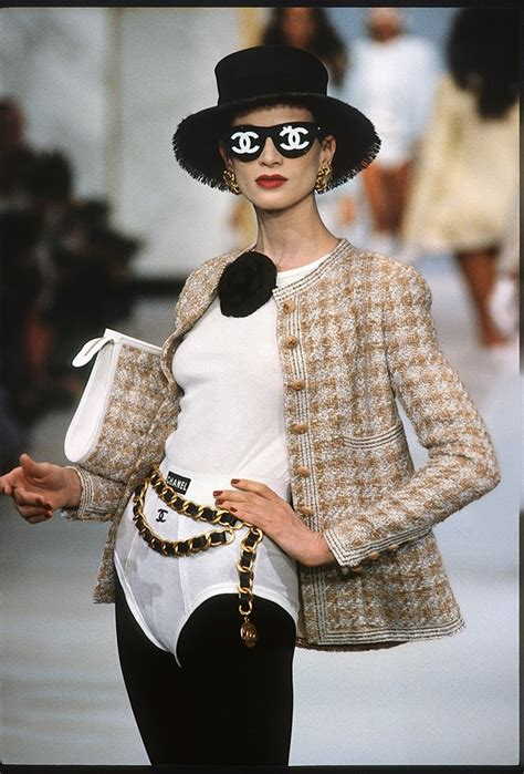 chanel catwalk the complete chanel catwalk the complete karl lagerfeld collections dazed
