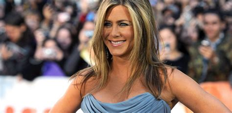 jennifer comfortable jennifer aniston says she s really comfortable at 110 to