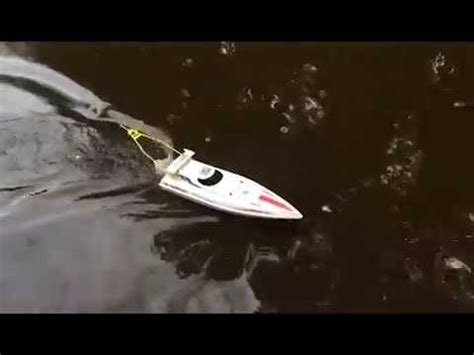 rc boats catching fish fish catching radio ranger rc boat really catches fish