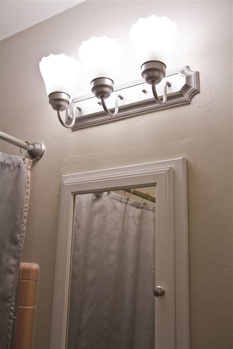 Light Bulbs For Bathroom Swingncocoa Pink Bathroom Chronicles Vanity Light