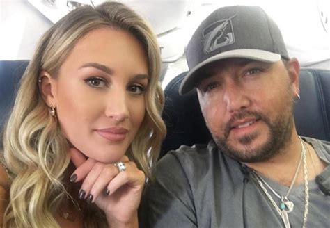 jason aldean and wife treat fans to candid q a country watch jason aldean s wife brittany kerr give makeup tutorial
