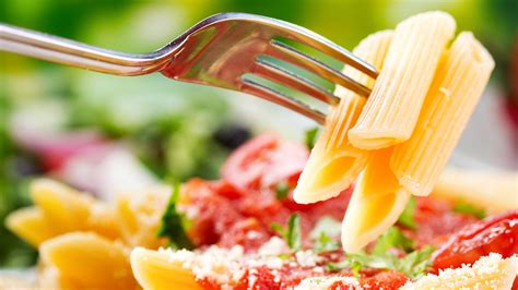 alimentazione per running i consigli alimentari di una runner professionista e di un