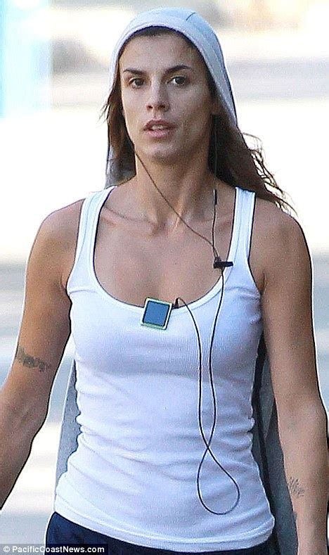 Elisabetta Canalis Without Makeup | elisabetta canalis unrecognisable as she walks dogs with