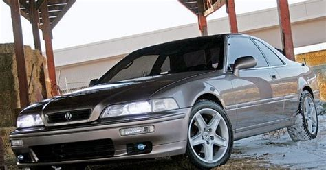 the acura legend is a luxury car manufactured by honda