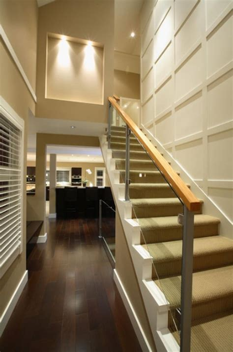 Staircase Wall Design | how to maximize a staircase wall