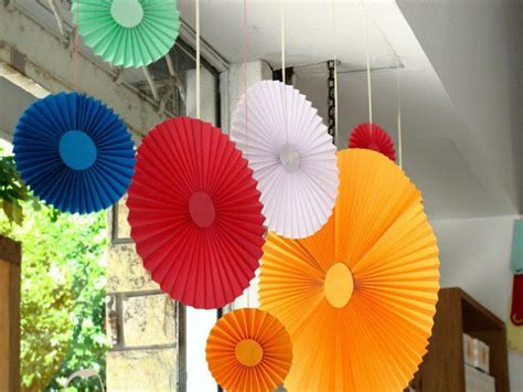 Easy Paper Decorations To Make - paper decorations to make a lovely and lively