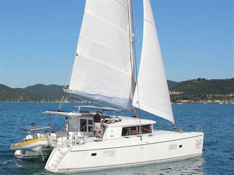 catamaran whitsundays lagoon 421 whitsunday escape