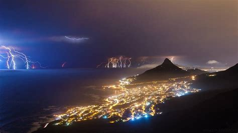 VIDEO | CAPE TOWN ELECTRICAL STORM – MyCityByNight