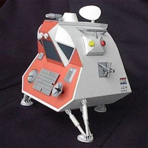 Space Papercraft - lost in space papercraft landing pod