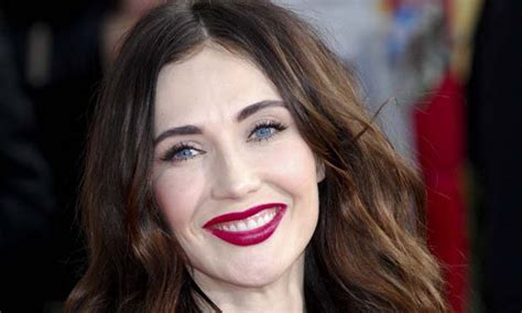 game of thrones actress red woman tv news game of thrones actress calls for more male