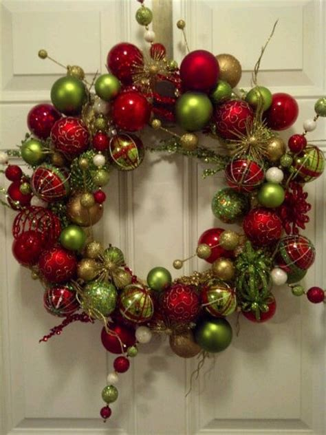 wreaths decorated with ornaments mouthtoears 25 unique ornament wreath ideas on