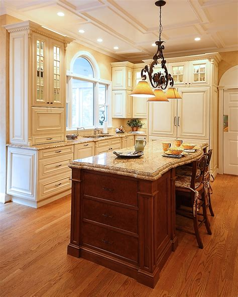 cream colored cabinets 17 best images about cream colored cabinets on pinterest