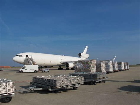 cargo l humanitaire dans tous ses 233 tats
