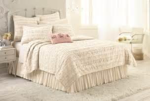 lc lauren conrad bedding chic peek introducing my kohl s bedding collection