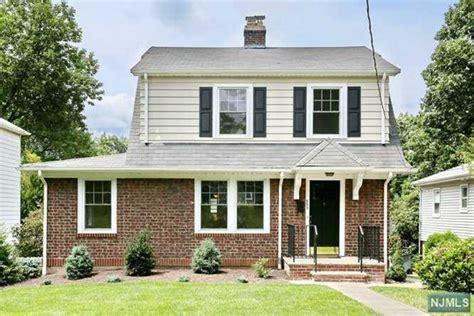 single family home for sale at 823 bogert rd river edge nj