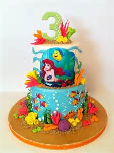 1000 ideas about mermaid birthday cakes on pinterest little mermaid birthday cake mermaid