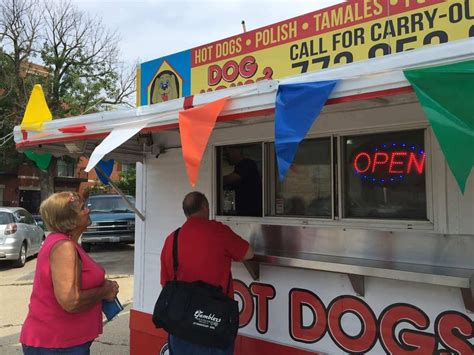 dog house chicago the dog house 2 closed 11 photos 13 reviews hot dogs 4501 w lawrence ave irving park