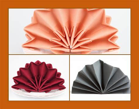 Servietten Falten Geburtstag servietten falten geburtstag servietten hochzeit