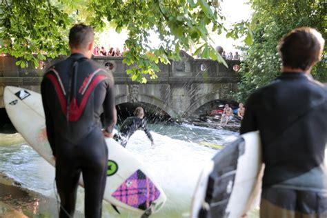 Englischer Garten Eisbachwelle by Fahrradtour Englischer Garten Tolle Ziele F 252 R Kinder