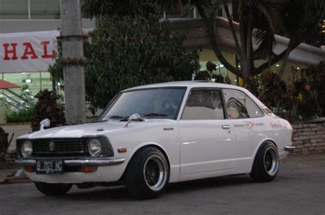 toyota corolla ke 20 photos and comments www picautos