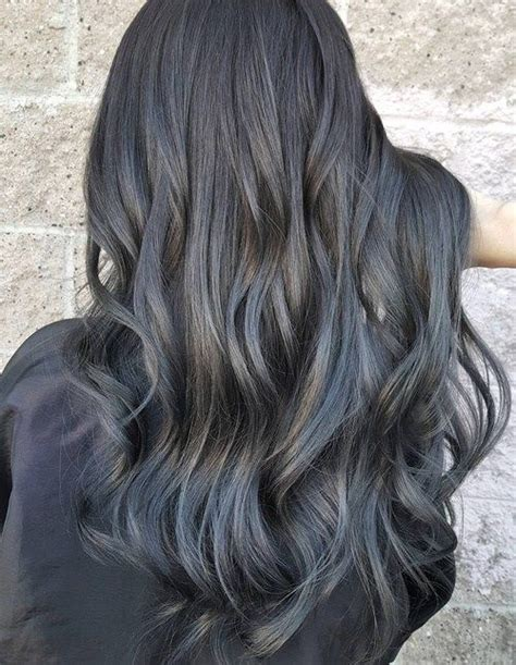 pictures of brunettes with hightlught grey 20 shades of the grey hair trend hair game making waves
