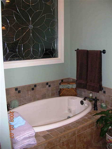 tiled bathtub surround bathtub tile surround for the home pinterest