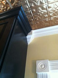 joining   crown moldings finish carpentry