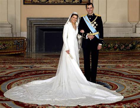 su princesa la novia los vestidos de novia de famosas que han creado estilo dream day
