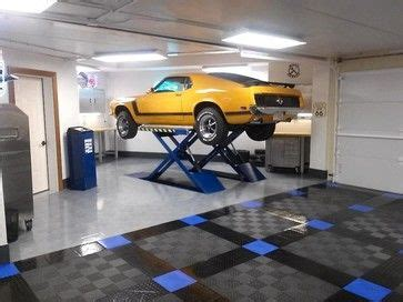 cool home garages 35 best cool garages and cool cars images on pinterest