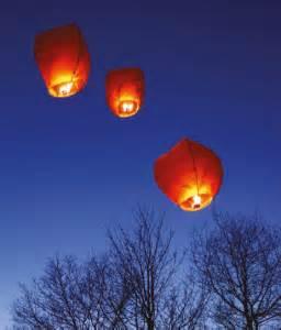 lanterne magiche volanti lanterne volante pas cher nos diff 233 rences avec les