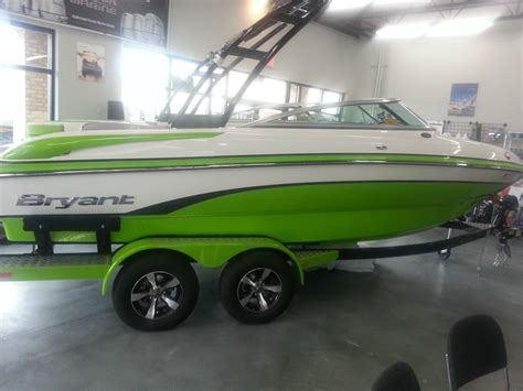 bryant boats dealers bryant 210w 2014 for sale for 44 381 boats from usa