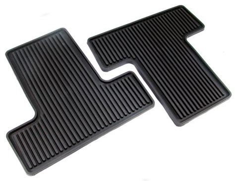 Mustang Rubber Floor Mats by Mustang Rubber Floor Mats With Pony Logo 05 09 6r3z