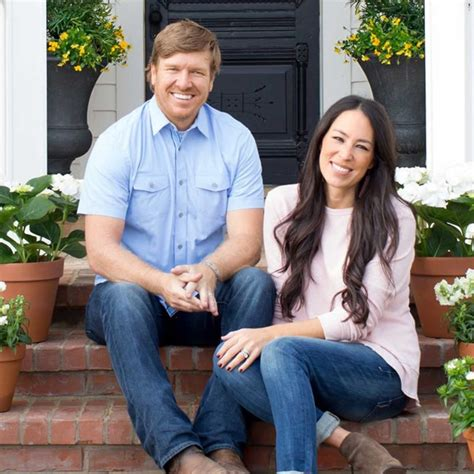 chip and joanna gaines facebook fun facts about chip and joanna gaines hgtv s fixer