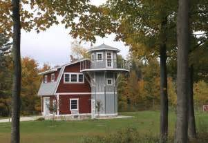 Farm Style House Plans couple joins small home movement with reproduction barn