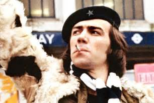 Robert lindsay up in arms over citizen smith beer created by tooting
