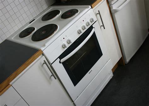 kitchen stove simple english wikipedia the free electric stove wikipedia