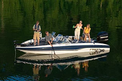 perfect fish and ski boat research procraft boats 200 combo on iboats