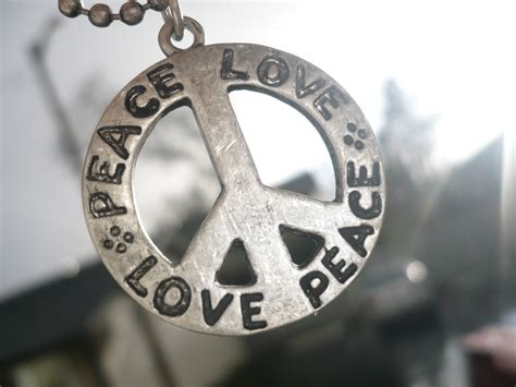 images of love and peace peace and love