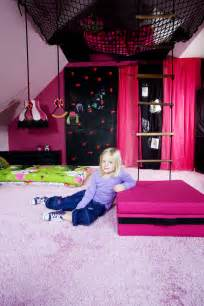 cool rooms for the boo and the boy super cool girls room from dos family