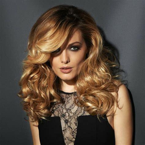 une coiffure tendance cest un dip dye felin orange et noir selon tendance couleur cheveux 2016 la saison des brondes et