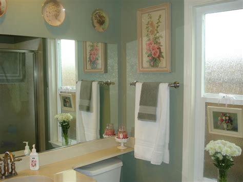 Sage Green Bathroom Decorating Ideas