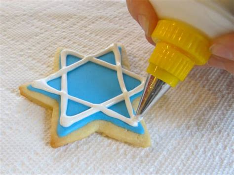 how to decorate cookies cookie icing recipes dishmaps